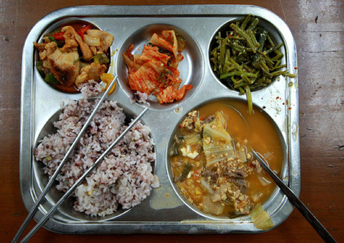 worldly_school_lunches_640_10