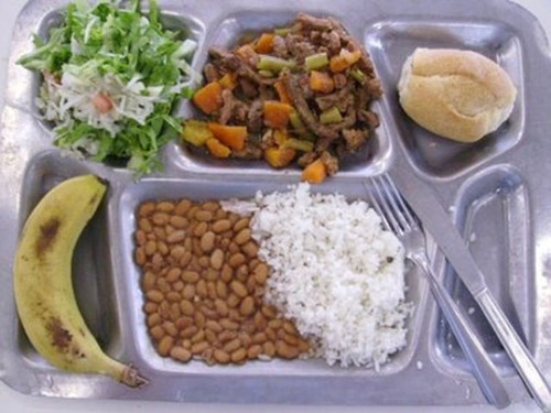 worldly_school_lunches_640_33